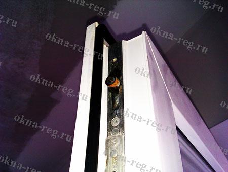 Ржавчина фурнитуры окна